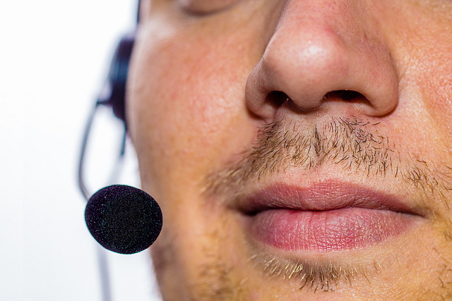 How to do a webinar use headset microphones