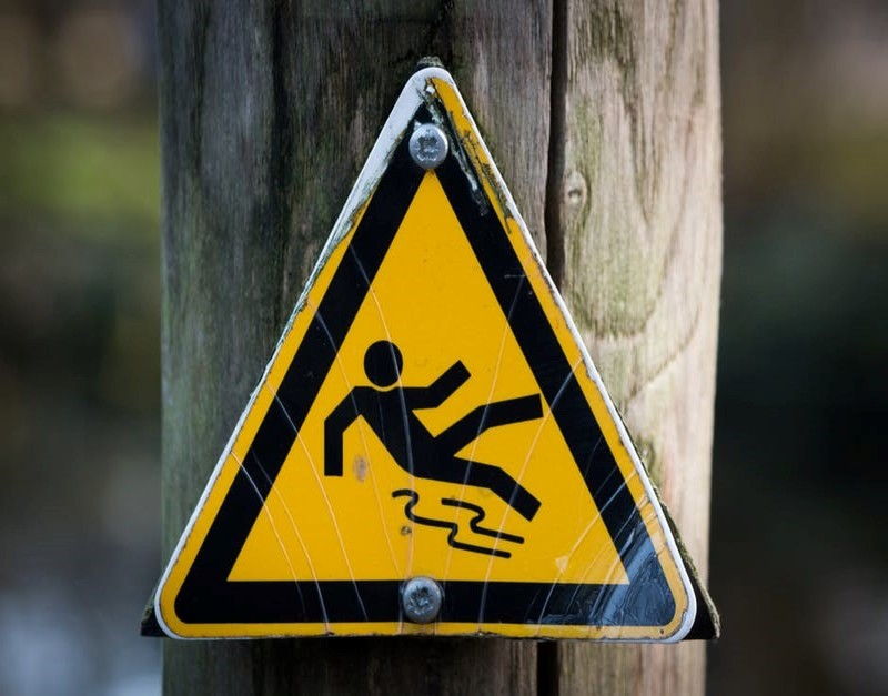 slipping-caution-sign