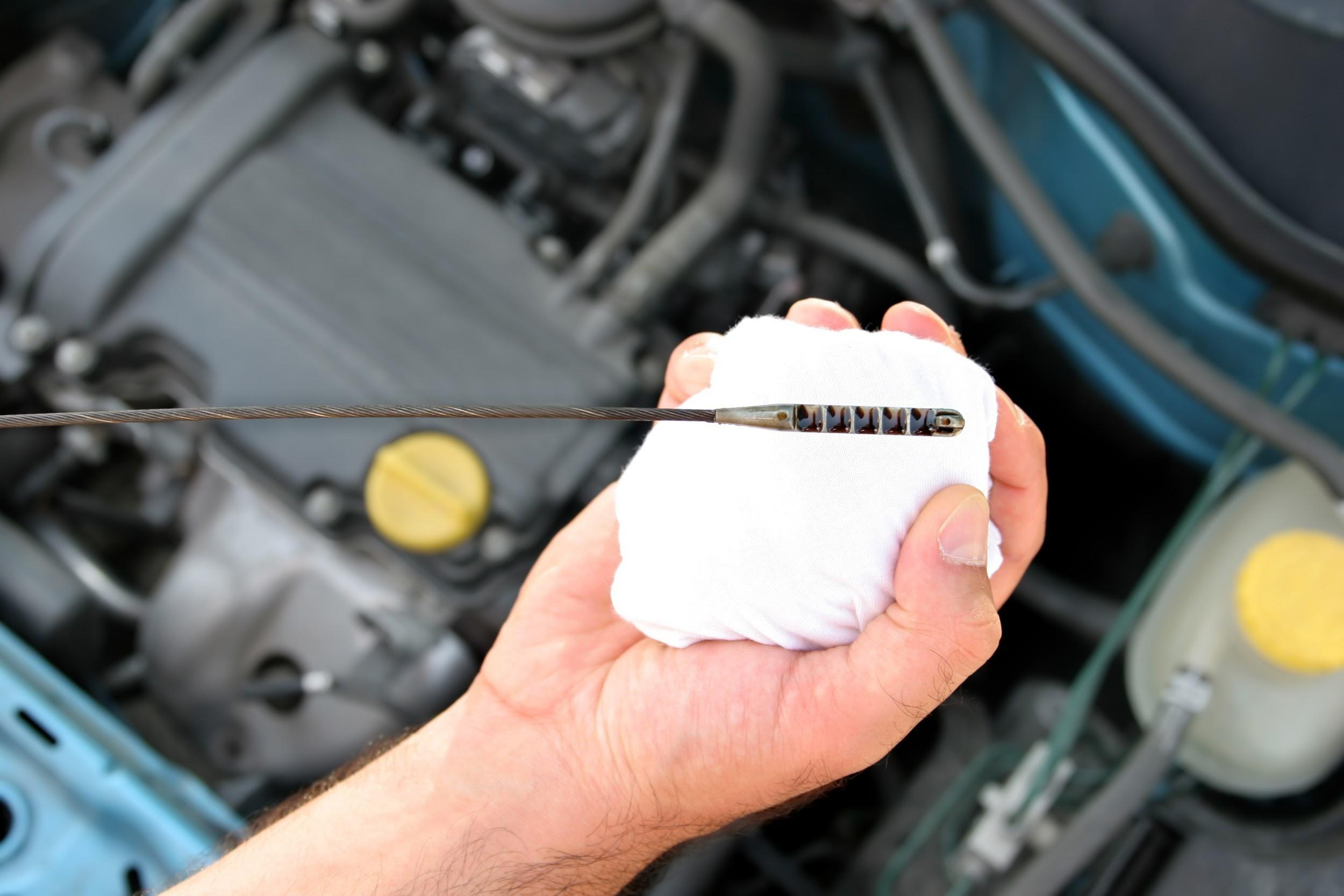 Conversion rate benchmarks oil change concept