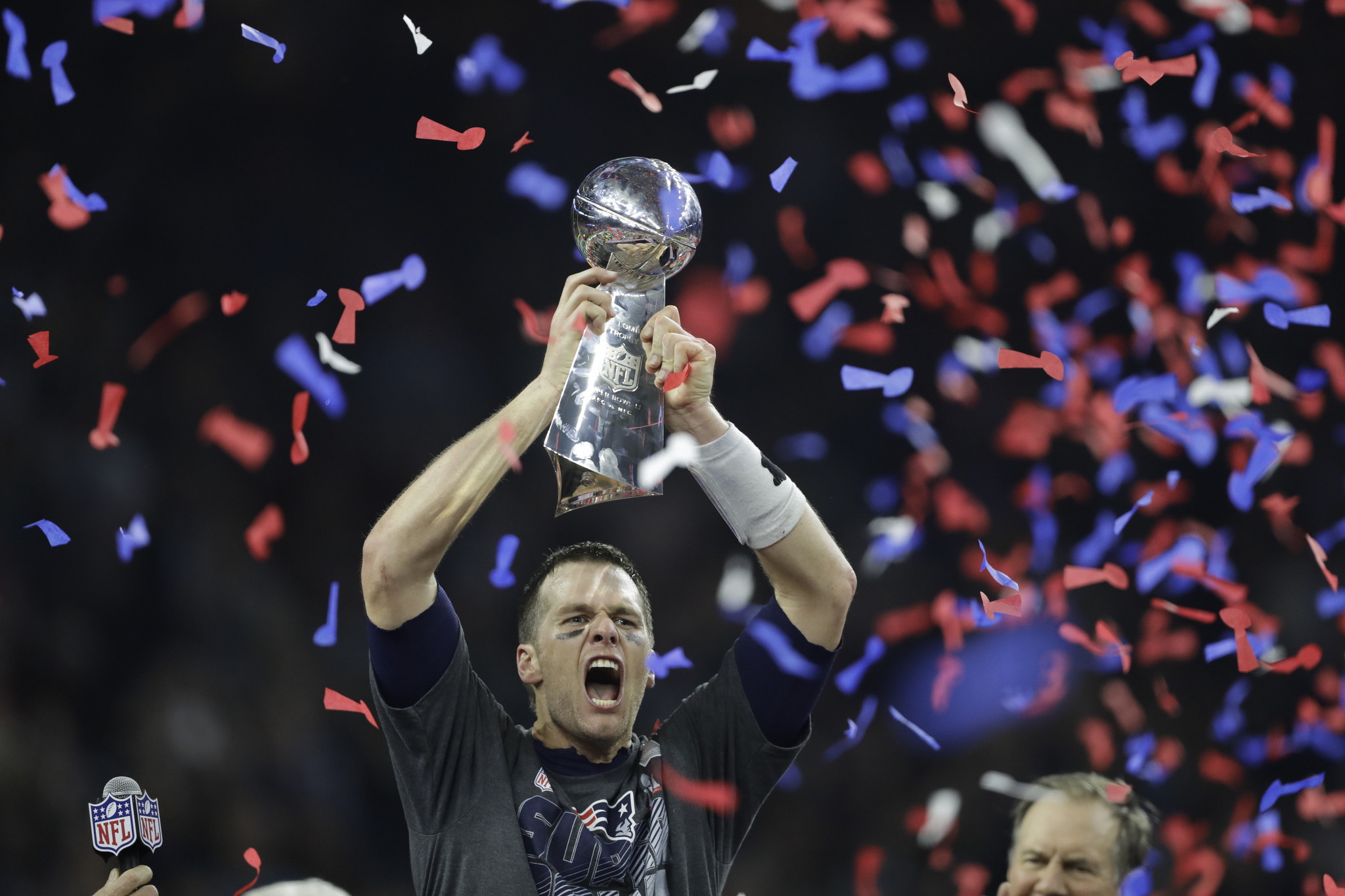 How to compete in Facebook Ads Tom Brady lifting Superbowl trophy
