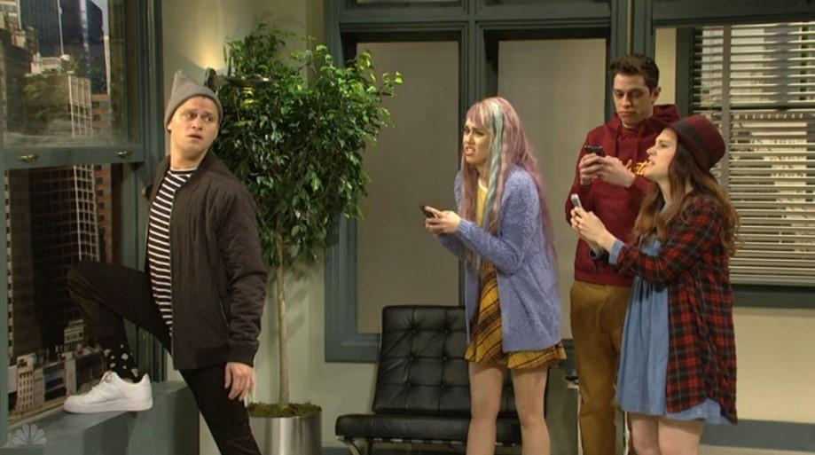 snl millennials with smartphones skit