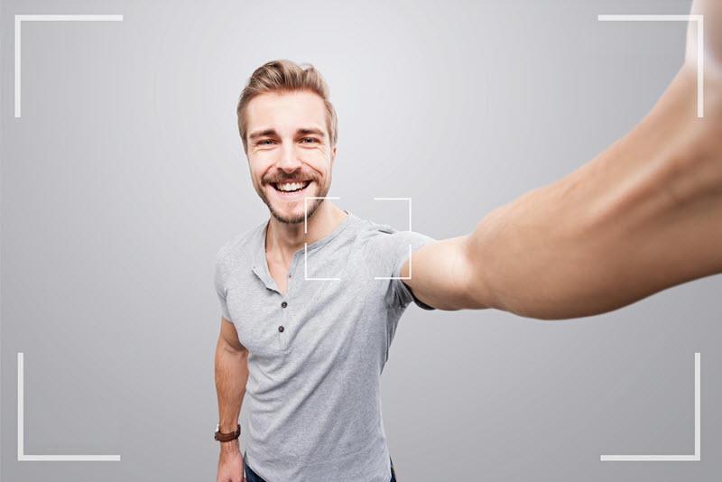 Chatbot Marketing Selfie