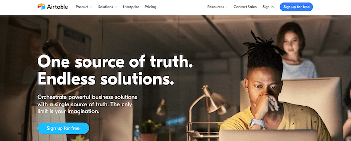 example of copy that sells—catchy sentences on homepage