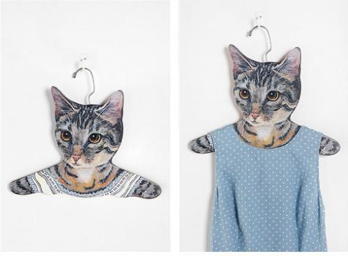 Niche marketing cat hanger