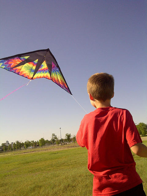 PPC competition child flying kite
